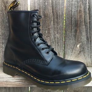 Dr Martens womens boots Sz 10 Black leather